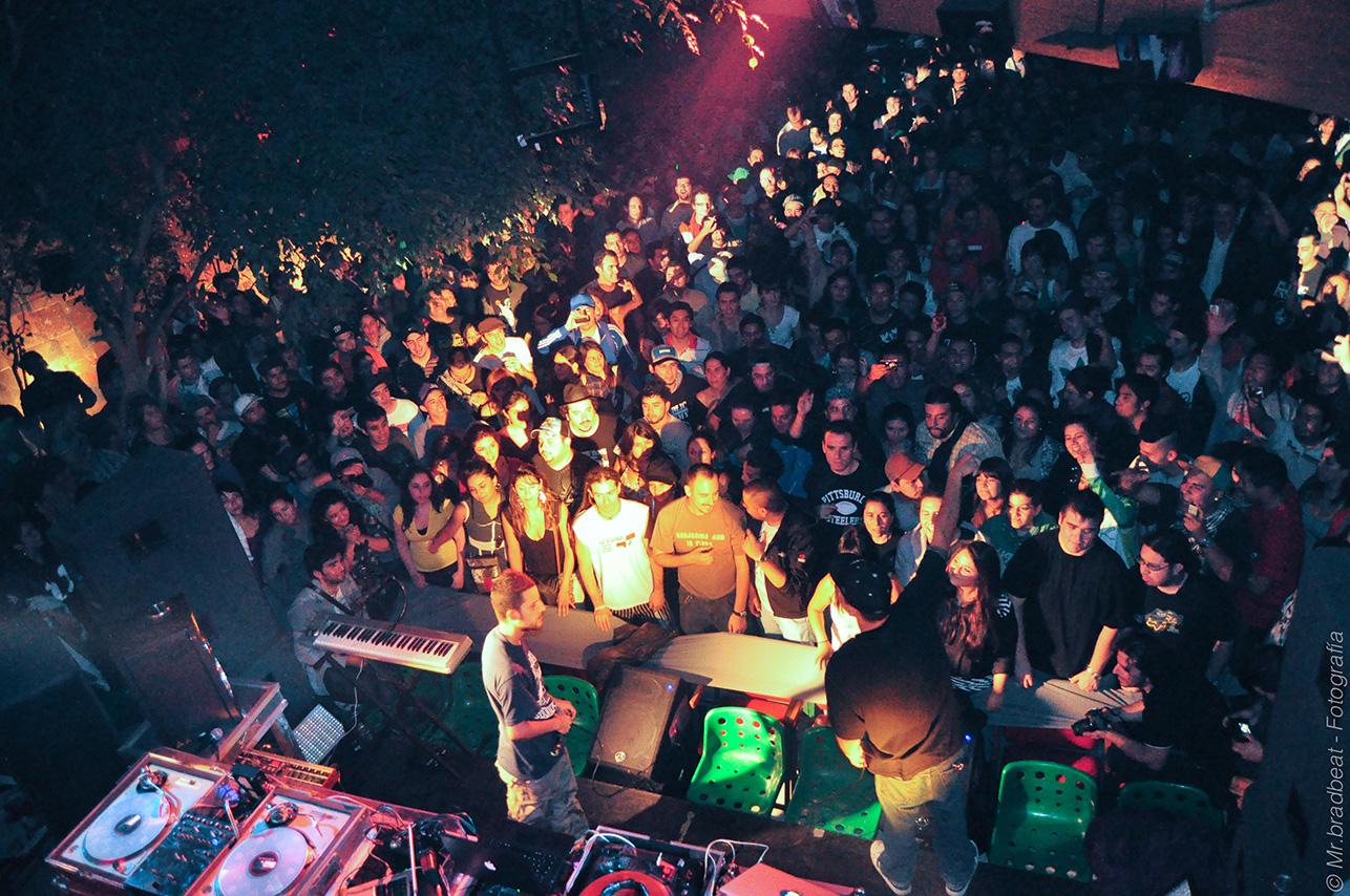 """Festival """"Todo el Hip Hop por Chile"""" - Centro Arte Alameda, marzo 2010."""